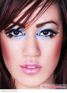 Halloween Blue Makeup Idea