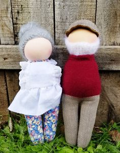 Natural Toys, Waldorf Dolls, Doll Toys, Doll Clothes, Winter Hats, Handmade, Baby Doll Clothes, Craft, Baby Dresses