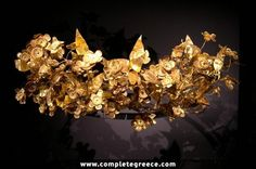 Golden leaf crown of ancient macedonian origin, Thessaloniki, Greece - Musée archéologique de Thessalonique - Wikipedia Greek Crown, Leaf Crown, Gold Wreath, Golden Crown, Golden Leaves, Art Sculpture, Laurel Wreath, Greek Art, Ancient Jewelry
