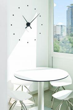Nomon: Oj Clock (Design: José María Reina)