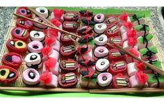 Bekijk de foto van Ambitious met als titel Snoep Sushi of Candy Sushi. Leuk voor een kinderfeestje of traktatie! en andere inspirerende plaatjes op Welke.nl.