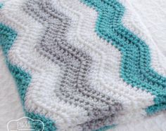 Quick And Easy FREE Crochet Blanket Patterns For Beauty Homes! - Page 6 of 49 - Daily Crochet! Quick And Easy FREE Crochet Blanket Patterns For Beauty Homes! - Page 6 of 49 - Daily Crochet! Baby Boy Chevron, Chevron Baby Blankets, Chevron Blanket, Boy Blankets, Gray Chevron, Plaid Au Crochet, Easy Crochet Blanket, Crochet Blanket Patterns, Chevron Crochet