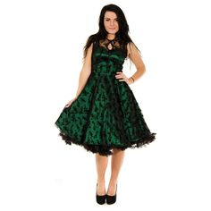 Feel glamorous by wearing this amazing Voodoo Vixen Taffeta Lace Dress in dark green that features a vintage inspired floral pattern retro enthusiasts will love. 1950s Style, Alternative Mode, Alternative Fashion, 50s Party, 1950s Fashion Dresses, Voodoo Vixen, Gothic Outfits, Uk Fashion, Flower Dresses