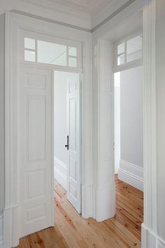 House in Boavista – João Morgado – Architectural photography … – Stone House Home Interior Design, Interior Decorating, Old Stone Houses, English Interior, Minimal Home, Dream Apartment, Loft Spaces, Classical Architecture, White Rooms