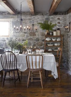 Andraya Frith and Graham Kechnie's farmhouse dining room is reminiscent of the quaint U. cottage from the popular Nancy Meyers movie. Farmhouse Interior, Farmhouse Decor, Rustic Cottage, Kitchen Interior, Cottage Style, Design Your Dream House, House Design, Old Stone Houses, Old Farm Houses