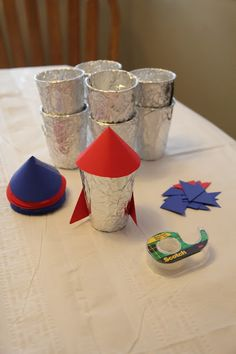 Kindergarten Will Be a Blast Rocket Party! Rocket ships out of cups Preschool Rocket, Space Preschool, Space Activities, Vbs Crafts, Space Crafts, Preschool Activities, Crafts For Kids, Rocket Ship Craft, Rocket Ships