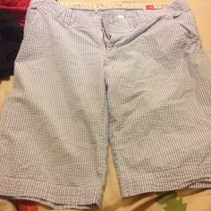 Blue and white striped shorts Great condition shorts, barely worn, maybe once or twice. No stains, holes, etc. perfect for people who want to be cool but not show a lot of skin😁 Old Navy Shorts