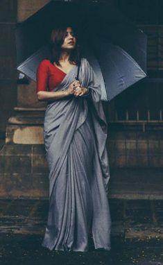 Beautiful colour combination - red and grey 😍 very simple, yet bold lookBeautiful Indian Women in New Design Saree Lehenga Designs, Kurta Designs, Sari Blouse Designs, Saree Blouse Patterns, Red Blouse Saree, Sari Dress, Blouse Neck, Simple Sarees, Trendy Sarees