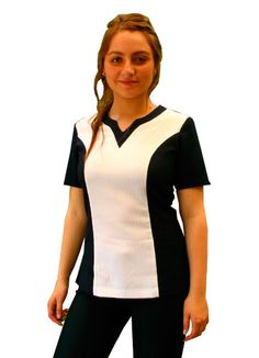 Chaqueta Clinica Medical Scrubs, Nursing Clothes, Body Contouring, Nursing Students, Scrub Tops, School Design, Cherokee, Work Wear, Suits