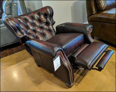 Recliner Chair - Buy New Furniture The Simple Way By Making Use Of These Tips Farmhouse Table Chairs, Dining Room Table Chairs, Industrial Dining Chairs, Leather Dining Room Chairs, Living Room Chairs, Living Room Decor, Brown Leather Chairs, Brown Leather Recliner Chair, Theater Room Decor