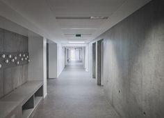Zigzag Architecture, Julien Lanoo · Groupe Scolaire. Sin Le Noble · Divisare