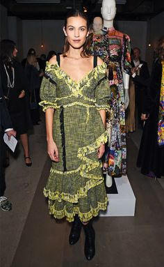 The Best Celebrity Outfits From London Fashion Week via @WhoWhatWear