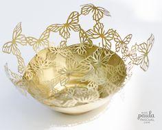 Paula Pascual: Golden Butterflies - paper mache technique using a balloon