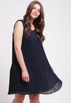 Moda curvy elegante Junarose