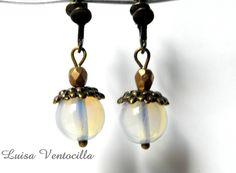 Mondstein Ohrclips von Luisa Ventocilla Shop auf DaWanda.com