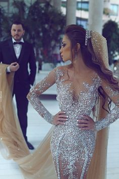 I found some amazing stuff, open it to learn more! Don't wait:https://m.dhgate.com/product/2017-luxury-rhinestone-dubai-wedding-gowns/397441100.html