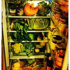 "...and while I am thinking about my next recipe, I proudly present you ""the vegan Italian's"" fridge 😁 #vegan #veganfridge #foodbytheseasons #lovevegetables"