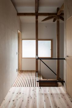 Re:M-house: coil松村一輝建設計事務所が手掛けたオリジナル玄関/廊下/階段です。