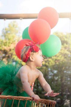 Vocês sabem qual é a nova moda de Ensaio Fotográfico? É o Smash the Fruit, um ensaio fofo, delicioso e saudável para as crianças.