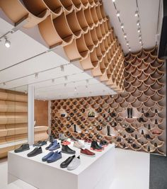 Image 5 of 31 from gallery of Camper Paseo de Gracia / Kengo Kuma & Associates. Photograph by ImagenSubliminal Chinese Architecture, Architecture Portfolio, Futuristic Architecture, Sustainable Architecture, Contemporary Architecture, Landscape Architecture, Landscape Model, Ancient Architecture, Kengo Kuma
