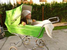 Retrogalerie: Kočárky — Retro — Česká televize Vintage Stroller, Baby Buggy, Prams, Kids And Parenting, Baby Strollers, History, Retro, Children, Bebe