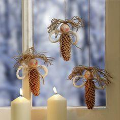 Weihnachtliche Fensterengel basteln