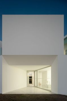 Aires Mateus Arquitectos house for elderly people . alcácer do sal (via Gau Paris)
