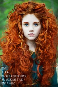 Curly red hair - is this a merida cosplay? Dk, wish my hair would let me try this hairstyle. Beautiful Redhead, Gorgeous Hair, Amazing Hair, Beautiful Women, Curly Hair Styles, Natural Hair Styles, Curly Red Hair, Brown Hair, Disney Cosplay