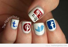 Diseños de uñas con los logos de las redes sociales ¿Os atrevéis? ;)