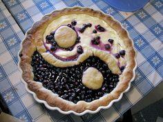 Varsinaissuomalais-eteläpohjalainen mustikkapiirakka /// Blueberry pie combining styles of Southwest Finland and Southern Ostrobothnia