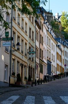 Montée du Grund, Luxembourg City  What is the aim of the #agreement signed recently by #Luxembourg and Belgium?  http://www.lawyers-luxembourg.com/blog/2015/06/taxation-of-the-employment-income-for-cross-border-belgium-luxembourg-employees