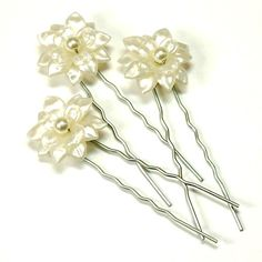 Fiona Ivory Flower hair pins with swarovski pearls