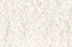 Een speels en zacht hoogpolig vloerkleed in warm wit. Een rijke uitstraling en mooie aanvulling in iedere slaap- of woonkamer. Een wit vloerkleed zal nooit vervelen, een luxe voor iedere ruimte en een echte sfeerbrenger in uw huis. De poolhoogte van 35 mm maakt dat de polen omvallen, wat een informele, warrige uitstraling geeft. De Me Gusta Grace vloerkleden serie is er in diverse fraaie kleuren. Een mooie kwaliteit shaggy met een vriendelijk prijskaartje.