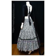 Lehenga Saree, Bridal Lehenga, Brocade Blouses, Silk Chiffon, Black Silk, Digital Photography, Blouse Designs, Crop Tops, How To Make