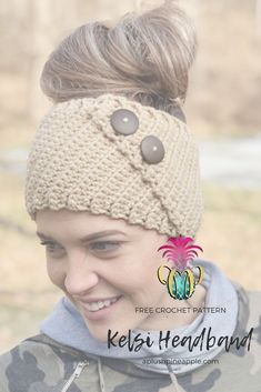 FREE Crochet Pattern by Sarah The Plush Pineapple crochet crochetpatterns freecrochetpatterns Crochet Headband Free, Crochet Beanie, Free Crochet, Knit Crochet, Knitted Owl, Doilies Crochet, Crochet Woman, Crochet Ear Warmer Pattern, Crochet Patterns