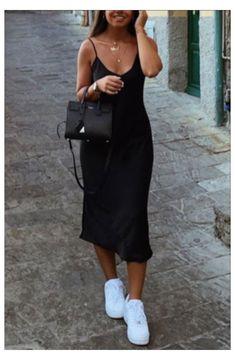 Silk Cami Dress, Slip Dress Outfit, Black Slip Dress, Casual Dress Outfits, Mode Outfits, Short Outfits, Spring Outfits, Trendy Outfits, Fashion Outfits