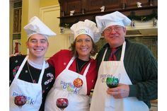 group christmas photo ideas | ... Top 5 Corporate Holiday Party Ideas | The SideDish.com Cooking Blog