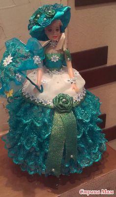 кукла-шкатулка все фото и картинки: 8 тыс изображений найдено в Яндекс.Картинках Quince Centerpieces, Candle Centerpieces, Rustic Wedding Cake Toppers, Best Sugar Cookies, Chocolate Bouquet, Paper Ribbon, Accesorios Casual, Plastic Flowers, Pretty Dolls