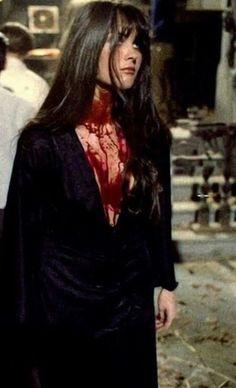 Hammer Horror Films, Hammer Films, Halloween Outfits, Halloween Costumes, Caroline Munro, Yennefer Of Vengerberg, Fantasias Halloween, Foto Casual, Season Of The Witch