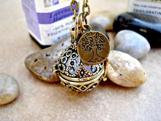 Vintage Style Filigree Locket Aromatherapy Necklace with Tree of Life Charm - Aromatherapy Diffuser Jewelry
