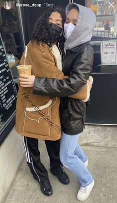 Lily Depp, Lily Rose Melody Depp, French Chic, Best Friends Forever, Friend Pictures, Johnny Depp, Cool Girl, Style Inspiration, Model