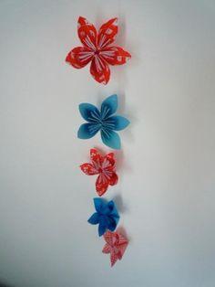 DIY Paper Garland : DIY Paper Flower Garland