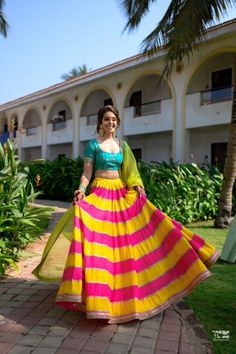 A Stunning Goa Wedding With Sunset Pheras And Gorgeous Outfits Dress Indian Style, Indian Fashion Dresses, Indian Designer Outfits, Skirt Fashion, Hijab Fashion, Designer Dresses, Indian Bridal Outfits, Indian Wedding Outfits, Indian Weddings