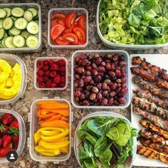 What's in your next meal prep? These layouts by look too good not to try! - Brings your ideas into action with… Sunday Meal Prep, Easy Meal Prep, Cut Fat, How To Lean Out, Prep Life, Meals For The Week, Healthy Recipes, Healthy Food, Meal Planning