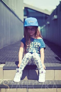 Find images and videos about girl, fashion and cute on We Heart It - the app to get lost in what you love. Cute Kids Fashion, Toddler Fashion, Girl Fashion, Junior Outfits, Cute Outfits, Ballet, Toddler Girl Outfits, Cute Little Girls, Stylish Kids