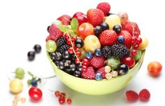 Dive right into a bowl of mixed berries before #bedtime. They are a light snack full of antioxidants that will enhance your overall health. Healthy Bedtime Snacks, Healthy Foods To Eat, Healthy Snacks, Healthy Eating, Happy Healthy, Stay Healthy, Water Recipes, Raw Food Recipes, Healthy Recipes