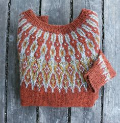 Beautiful colorwork yoke sweater in burnt orange. Icelandic Sweaters, Fair Isle Pattern, How To Purl Knit, Fair Isle Knitting, Pulls, Knitting Projects, Sewing Crafts, Knit Crochet, Knitting Patterns