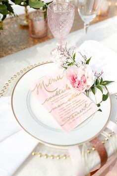 Pretty pastel place setting www.theperfectpalette.com - Real Southern Accents, Jenn Finazzo Photography, Whimsical Floral Design