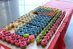 Periodic table cupcakes - UW chemistry dept