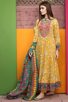 Lawn Dress by Khaadi Model L 59 is part of Pakistani formal dresses - 7 Customer Support For More Details Please Calls Us Now Thanks To Visit US Latest Pakistani Dresses, Pakistani Fashion Casual, Pakistani Dress Design, Pakistani Outfits, Indian Dresses, Indian Outfits, Indian Fashion, Kurta Designs, Indian Designer Outfits